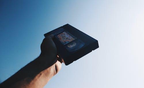 Imagine de stoc gratuită din casetă, cer, mână