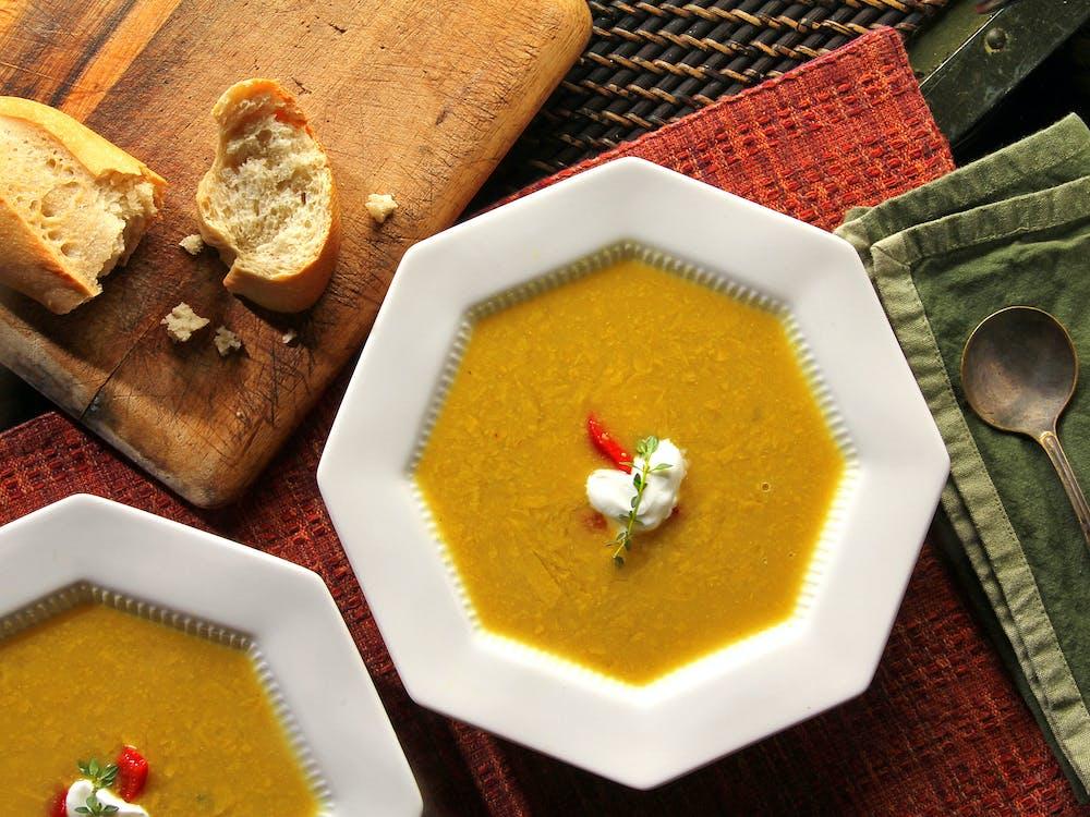 Gratis lagerfoto af bord, brød, butternut squash