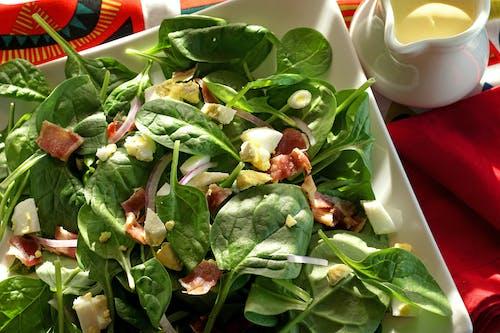 Fotos de stock gratuitas de ensalada de espinaca