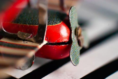 Darmowe zdjęcie z galerii z czerwony, dwupłatowiec, latanie, lot