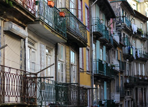Free stock photo of balconies, balcony, colorful houses, houses