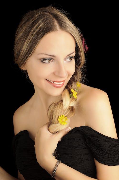 Darmowe zdjęcie z galerii z anielski, atrakcyjny, dama, dziewczyna