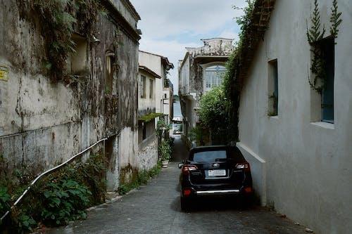 Fotobanka sbezplatnými fotkami na tému 35 mm film, analógové fotografie, architektúra, auto