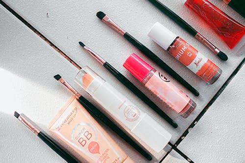 Imagine de stoc gratuită din cosmetică, face pensule, flatlay, frumusețe