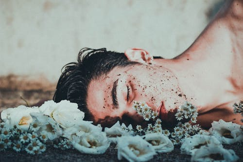 Foto stok gratis Berbaring, berbohong, berdusta, bergaya