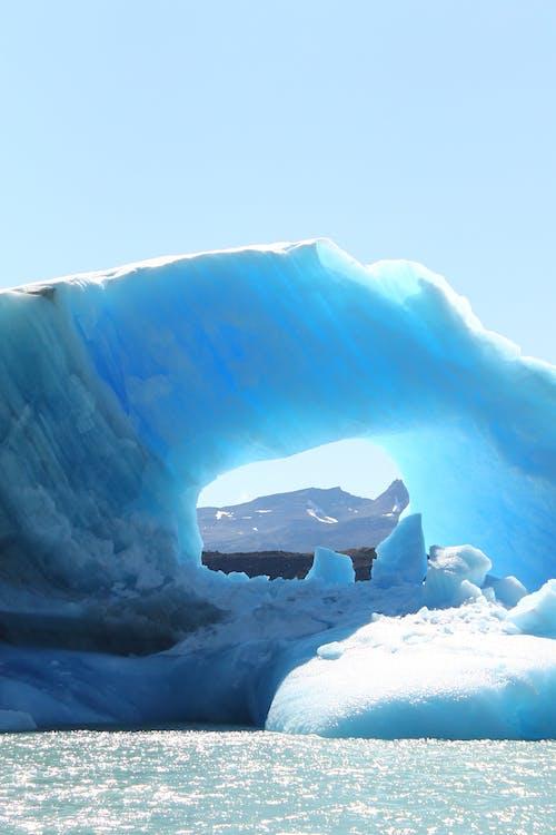 Foto profissional grátis de água, azul, cênico, com frio