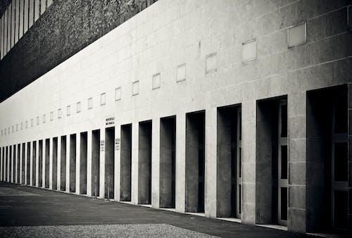 Základová fotografie zdarma na téma architektura, beton, budova, černobílý