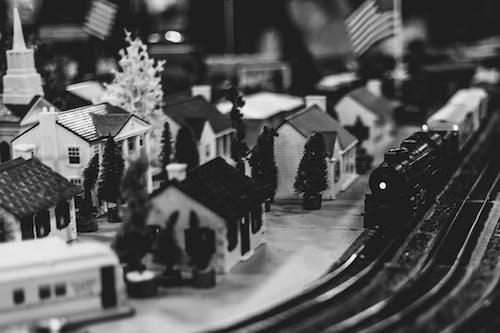 Безкоштовне стокове фото на тему «місто, модель поїзда, модельне місто»