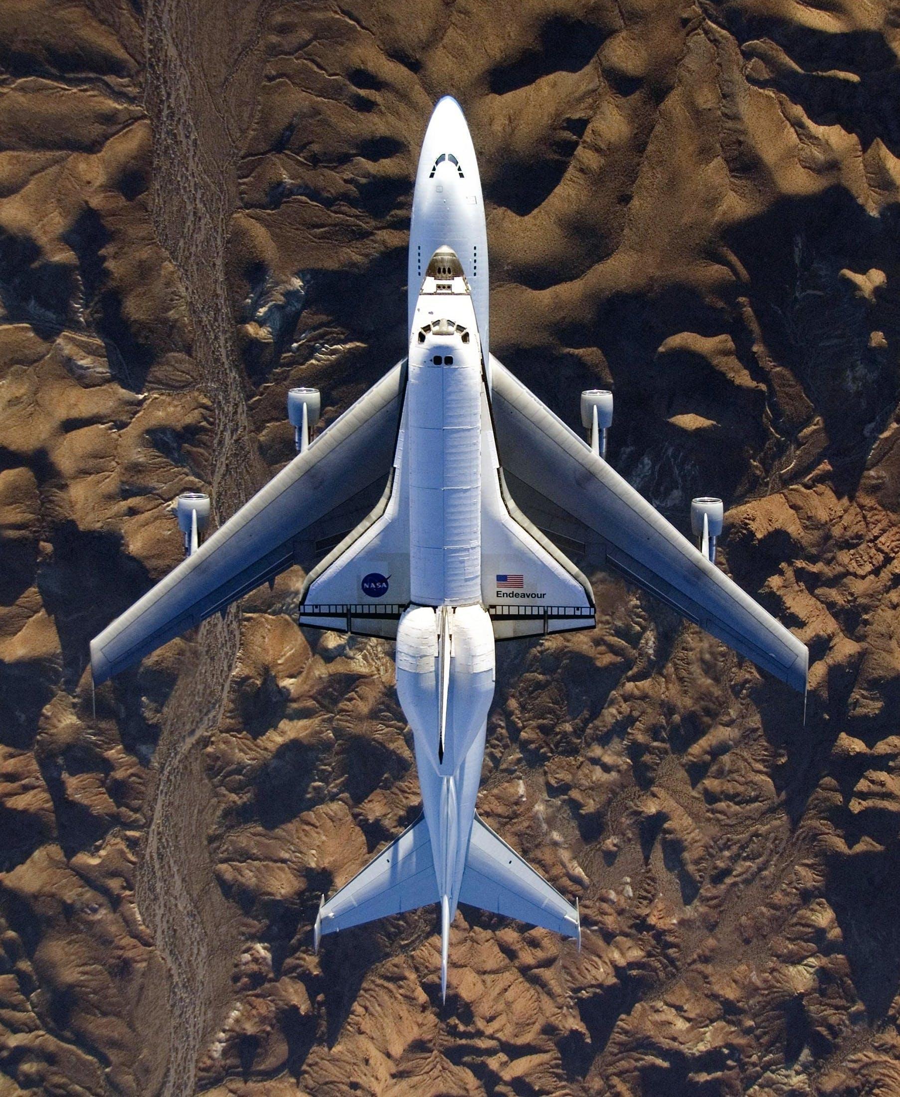 Free stock photo of aerospace, aircraft, airplane, astronaut
