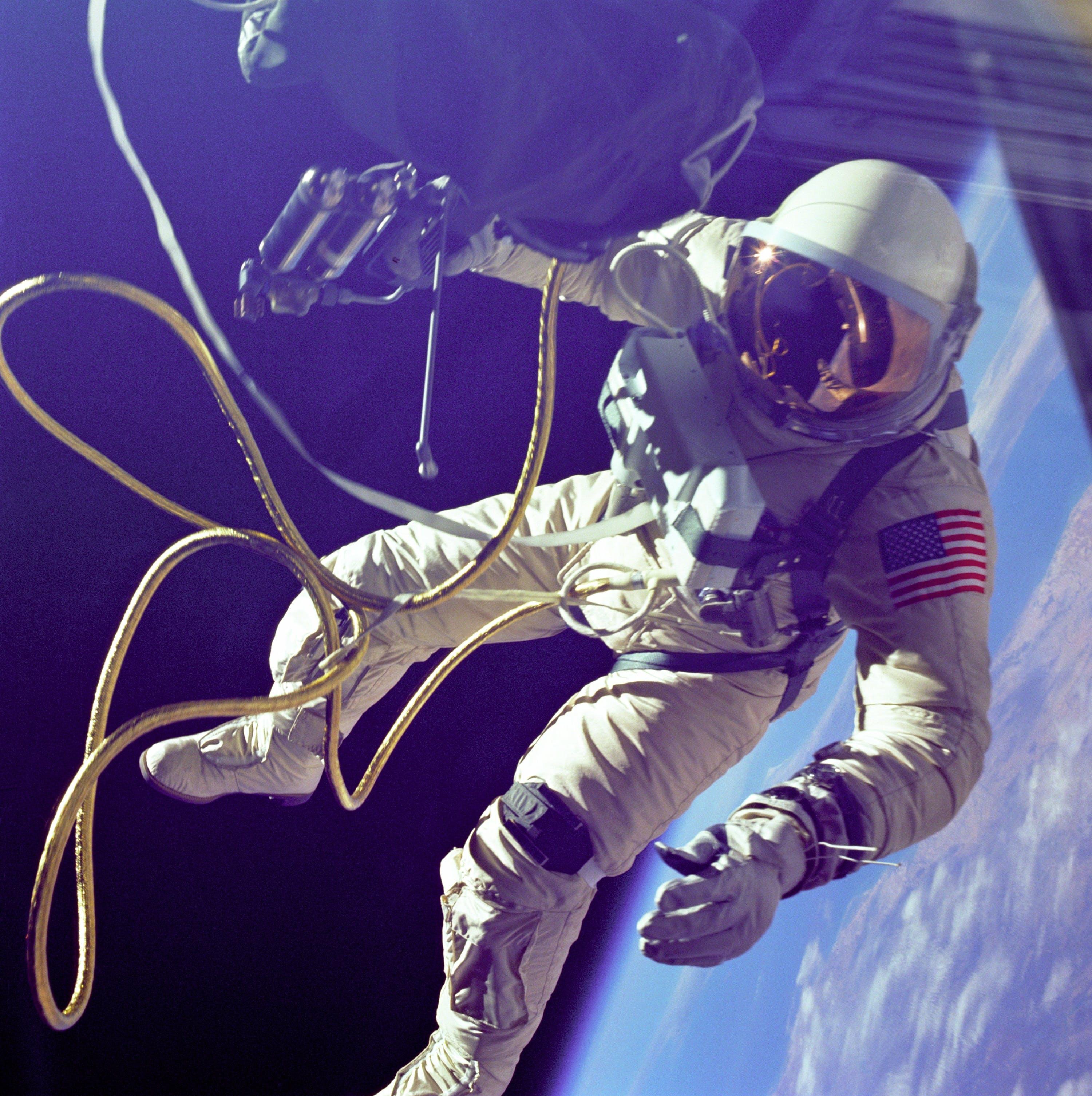 Astronaut on Planet