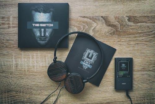 Black Corded Headphones Box