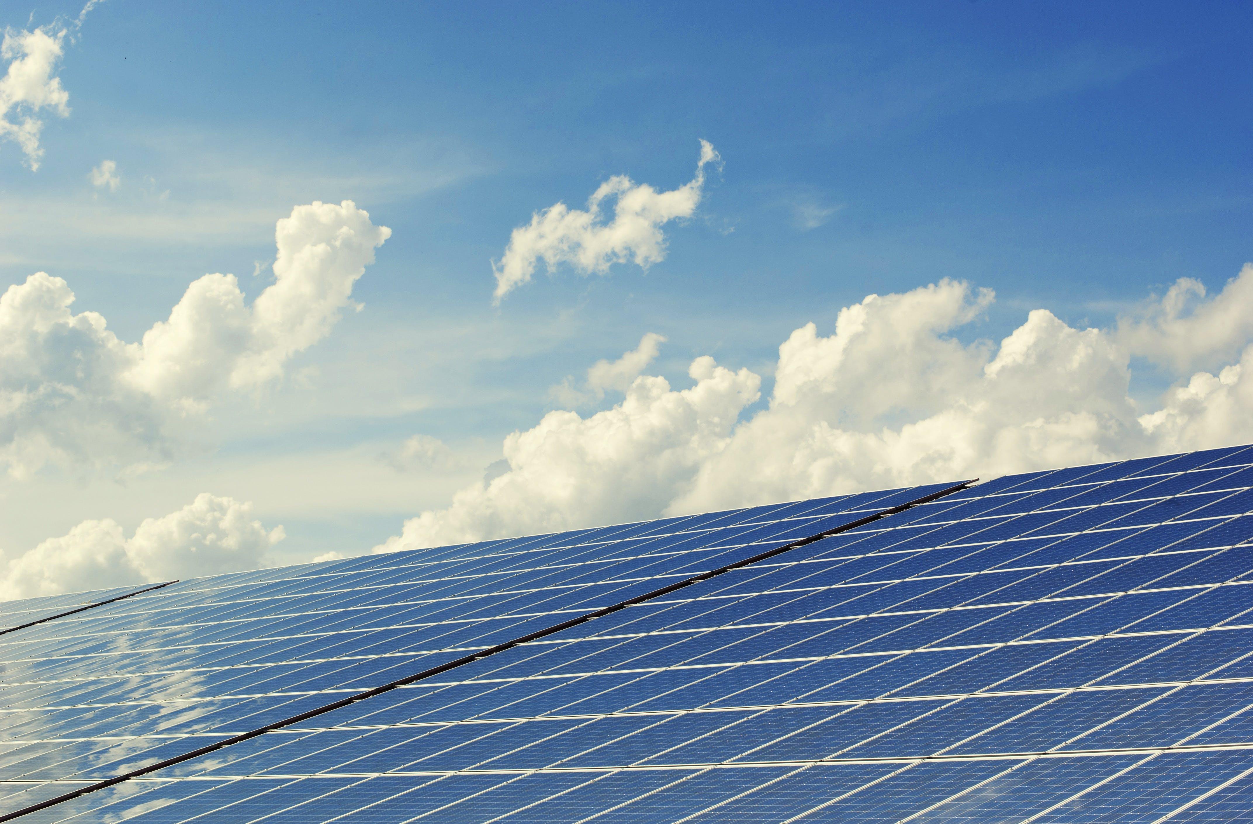 光, 天空, 太陽能電池板, 建造 的 免费素材照片