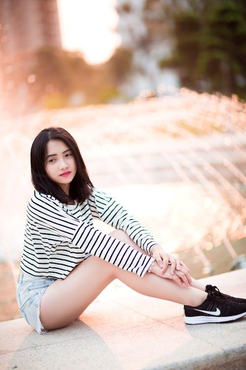 くつろぎ, アジアの女性, アジア人の女の子, アダルトの無料の写真素材
