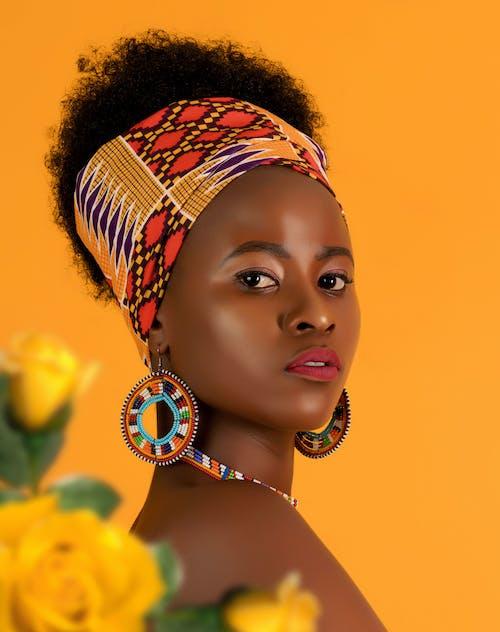 傳統服飾, 光鮮亮麗, 女人, 時髦的 的 免費圖庫相片