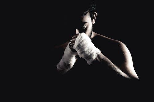 Foto d'estoc gratuïta de lluitar, postura
