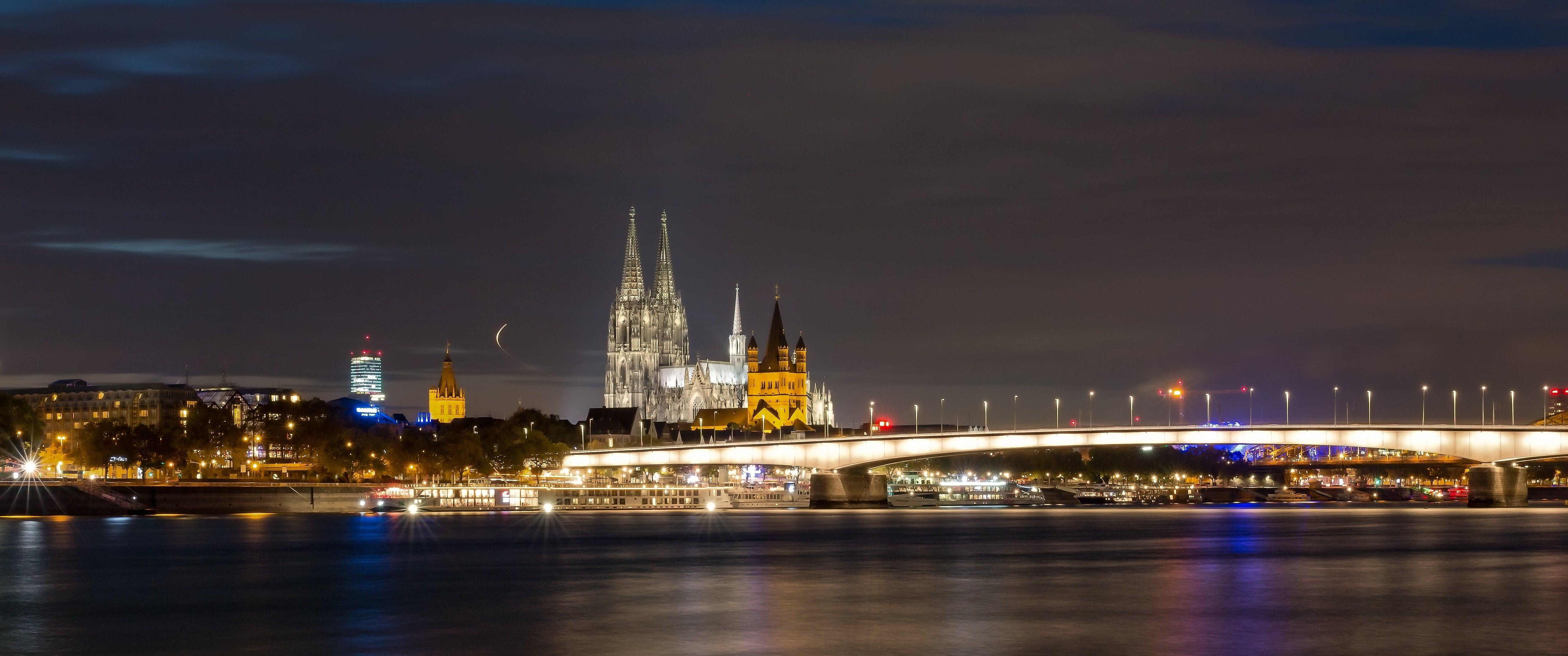 Kostnadsfri bild av arkitektur, byggnad, byggnader, gotiska