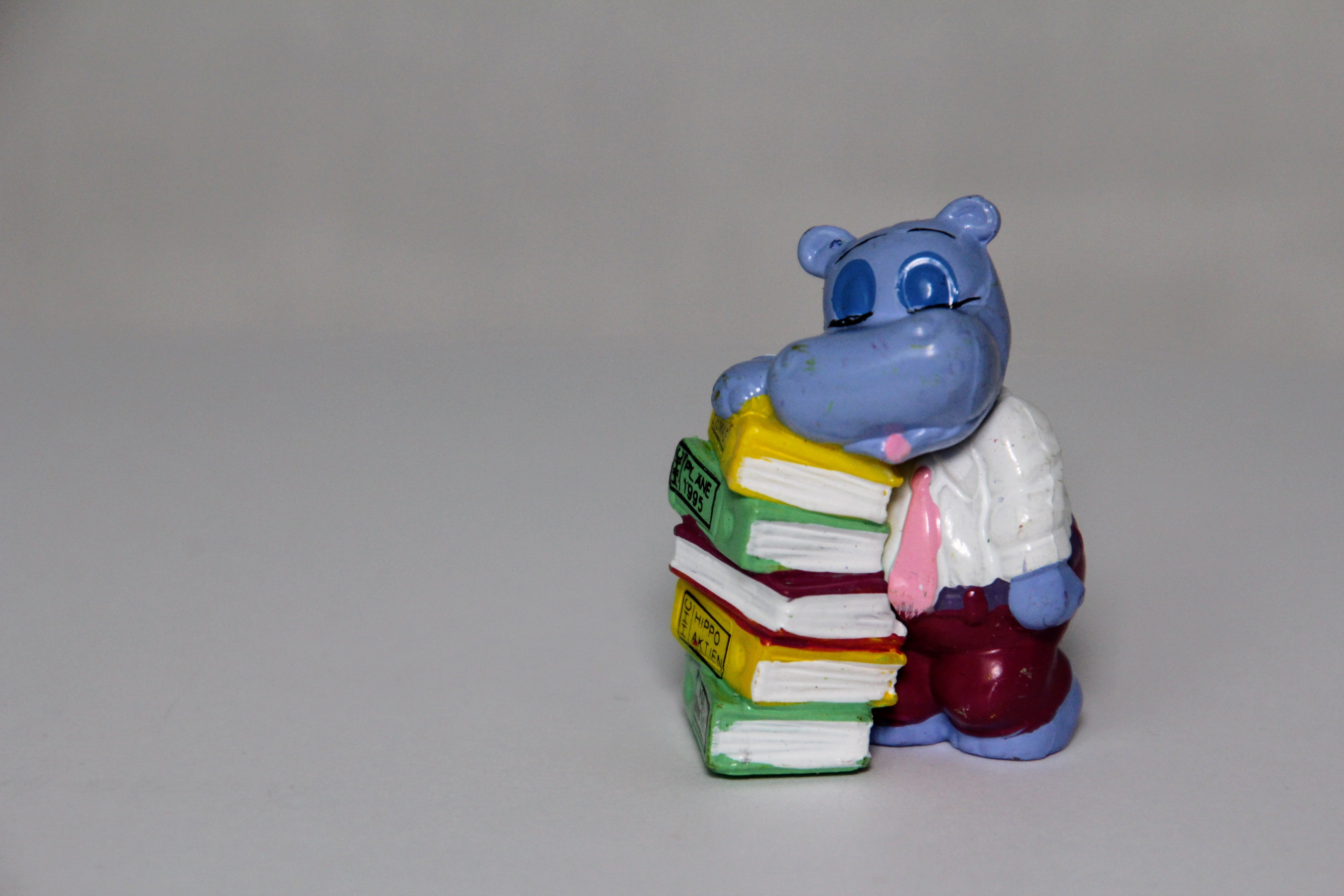 Free stock photo of books, stack, exhausted, überraschungseifiguren