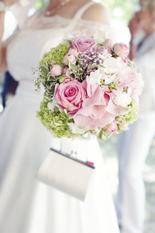 Fotos de stock gratuitas de amor, arreglo floral, blanco, Boda