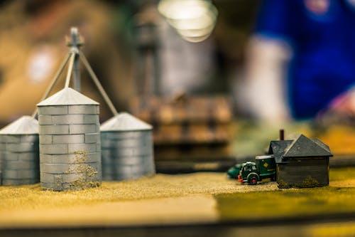Безкоштовне стокове фото на тему «мініатюрний, модель поїзда, пейзаж»