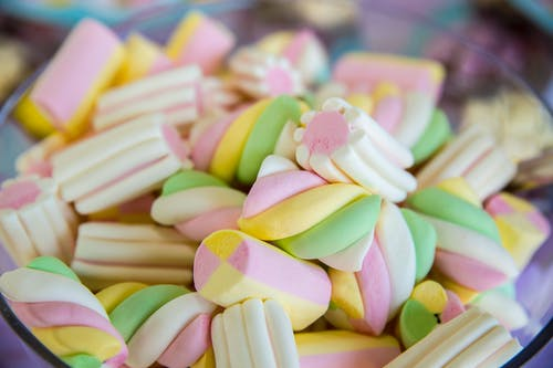 Close-Up Photo of Marshmallows in Bowl