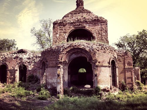 Darmowe zdjęcie z galerii z antyczny, architektura, kamień, kościół