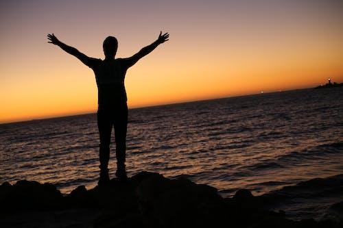 Immagine gratuita di acqua, alba, cielo, cristiano