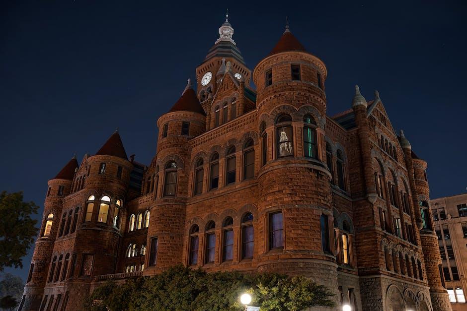 New free stock photo of landmark, night, building