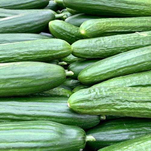 Stapel Komkommers