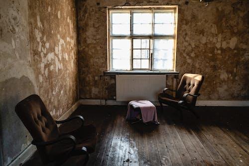 Immagine gratuita di dentro, finestra, finestra di vetro, in legno