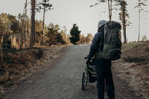 Kostnadsfri bild av ryggsäck, spår, vandring, vandringsstig