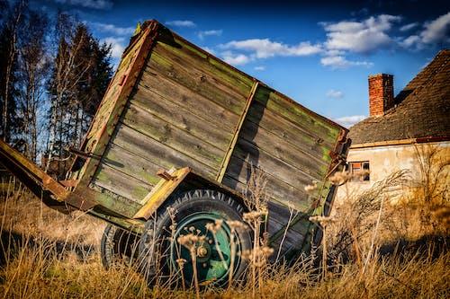 Kostnadsfri bild av åkermark, bondgård, fält, förfall