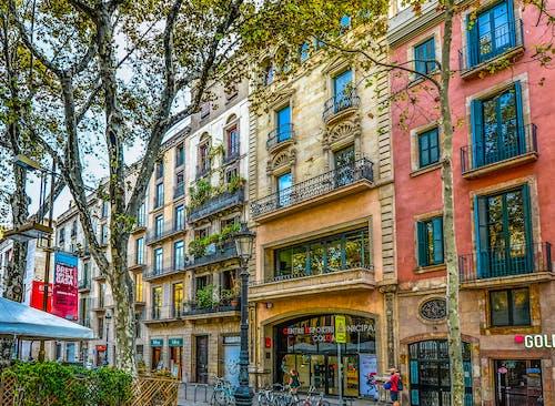 Gratis stockfoto met appartement, architectuur, balkon, Barcelona