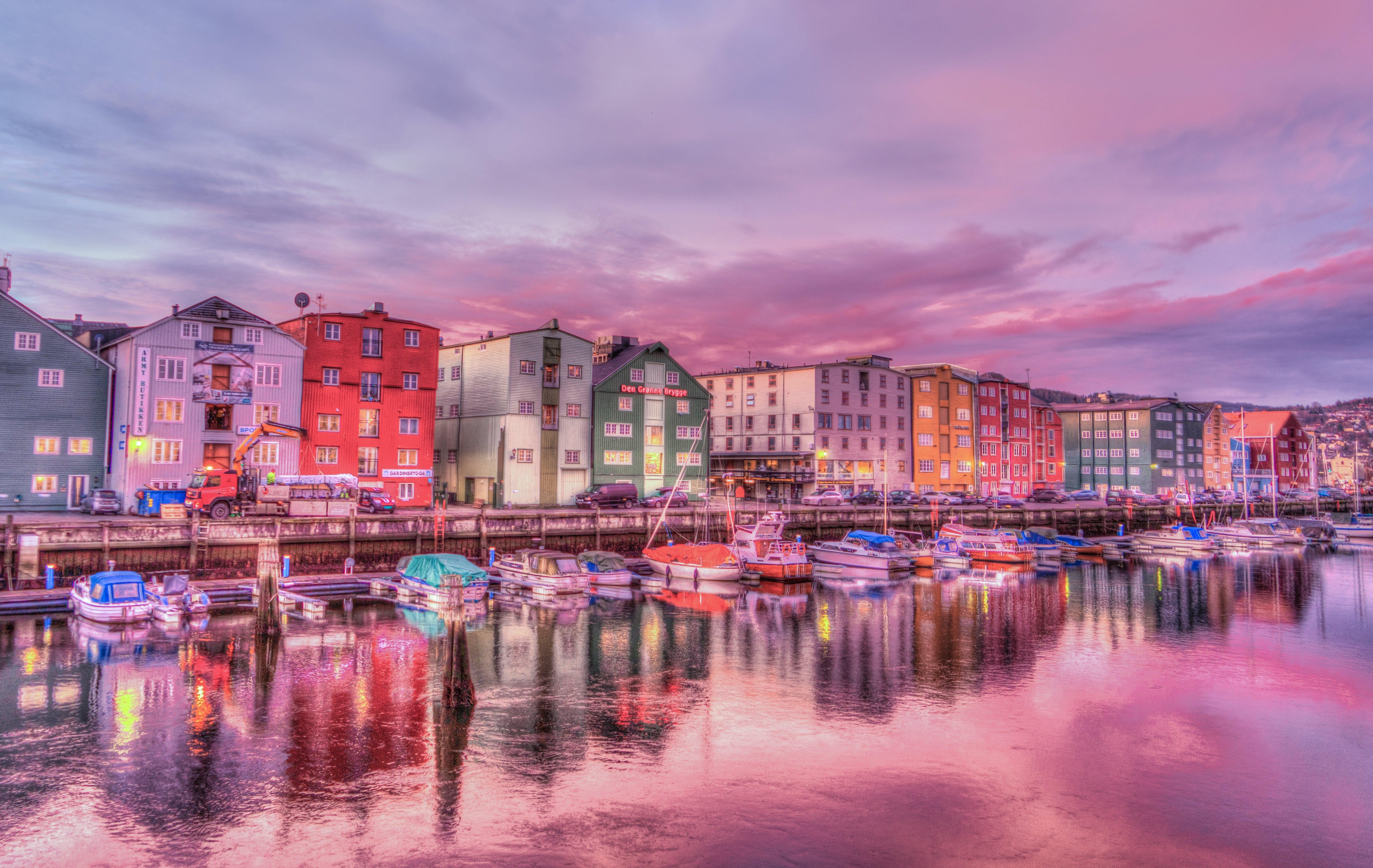 akşam, binalar, bulutlar, deniz içeren Ücretsiz stok fotoğraf