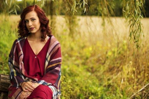 Photos gratuites de beau modèle, beauté dans la nature, cheveux colorés, cheveux roux