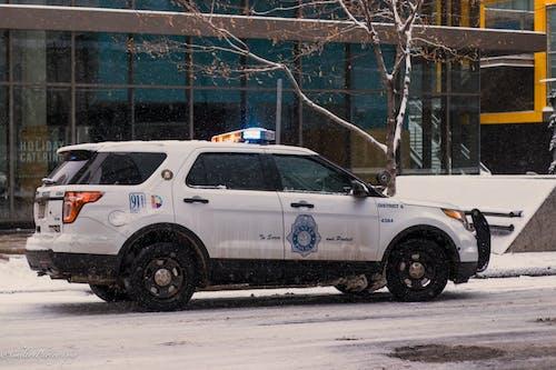 Gratis stockfoto met amerika, denver, politieauto, sneeuw