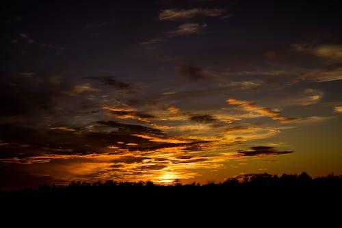 Gratis arkivbilde med bakbelysning, daggry, gylden time, himmel