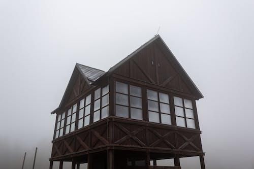 ahşap, bina, buz tutmuş, deniz feneri içeren Ücretsiz stok fotoğraf