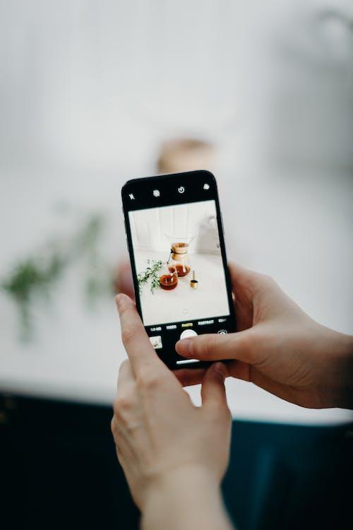 คลังภาพถ่ายฟรี ของ กล้อง, การถ่ายภาพ, การถ่ายภาพมือถือ, การใช้