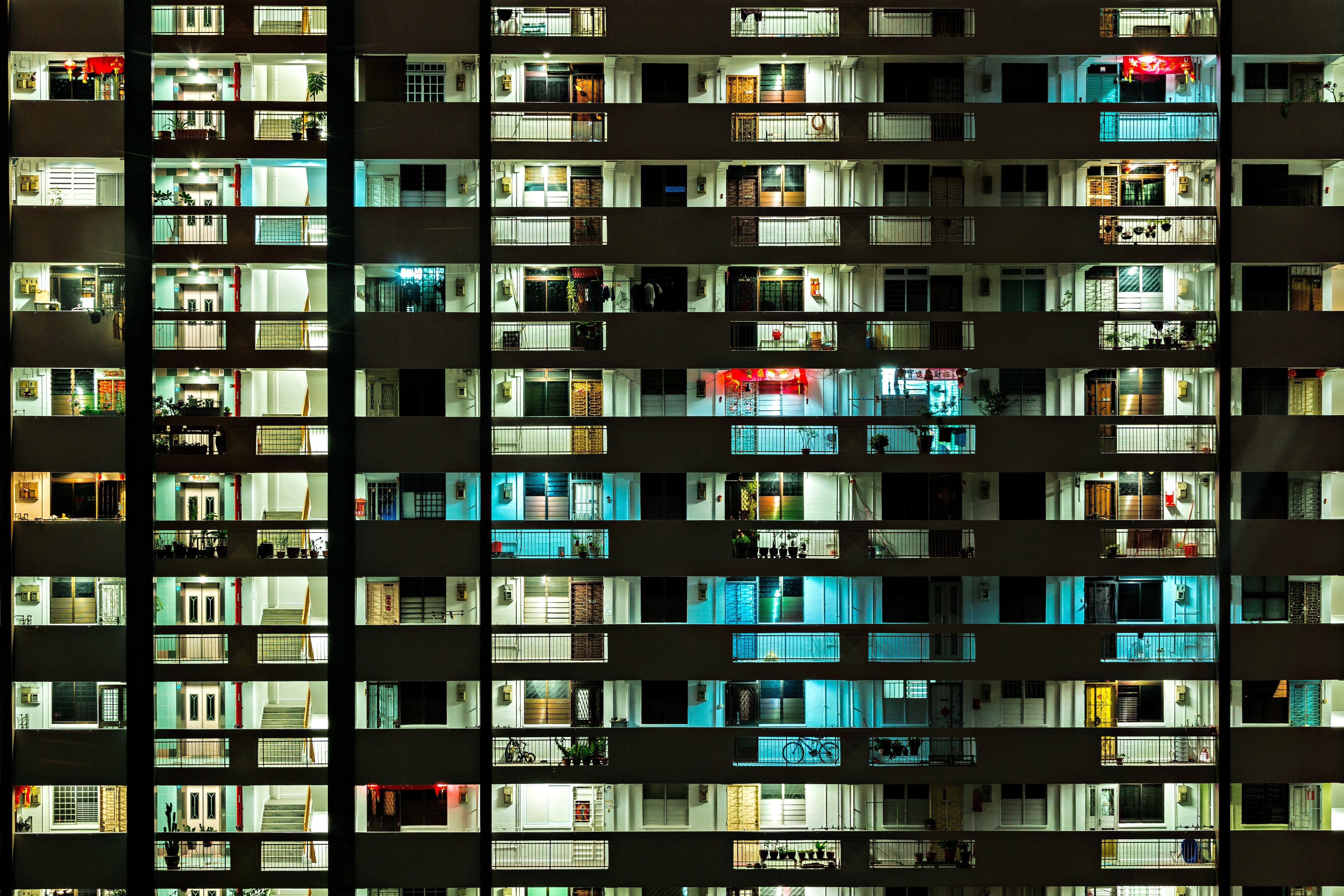 Kostenloses Stock Foto zu architektur, architekturdesign, beleuchtet, gebäude