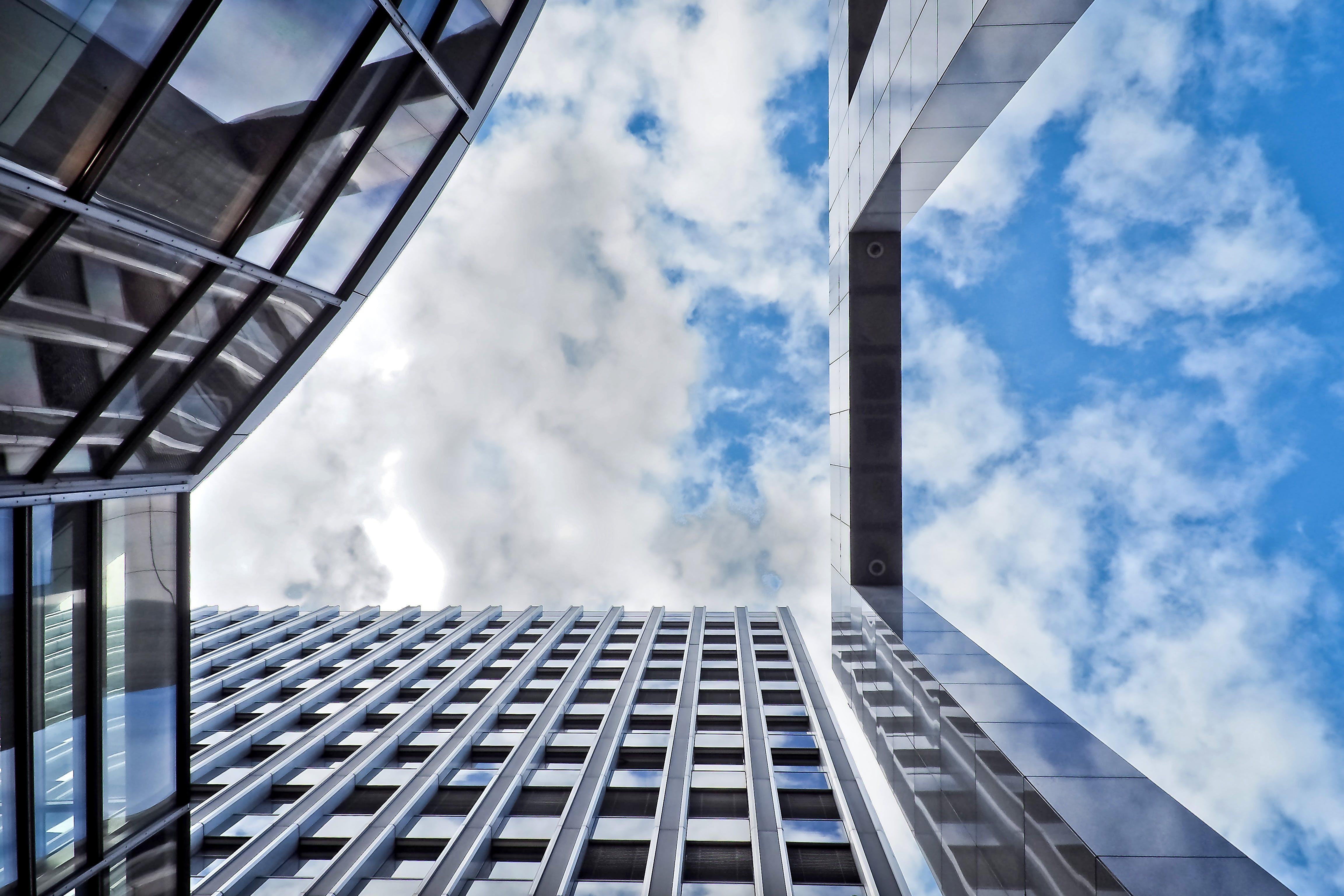 低角度拍攝, 反射, 建造, 玻璃 的 免費圖庫相片