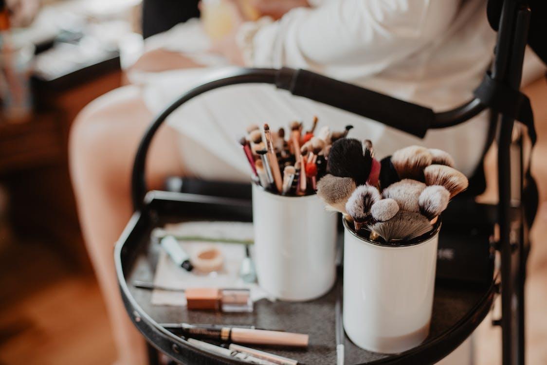 Shallow Focus Photo of Make-Up Brushes