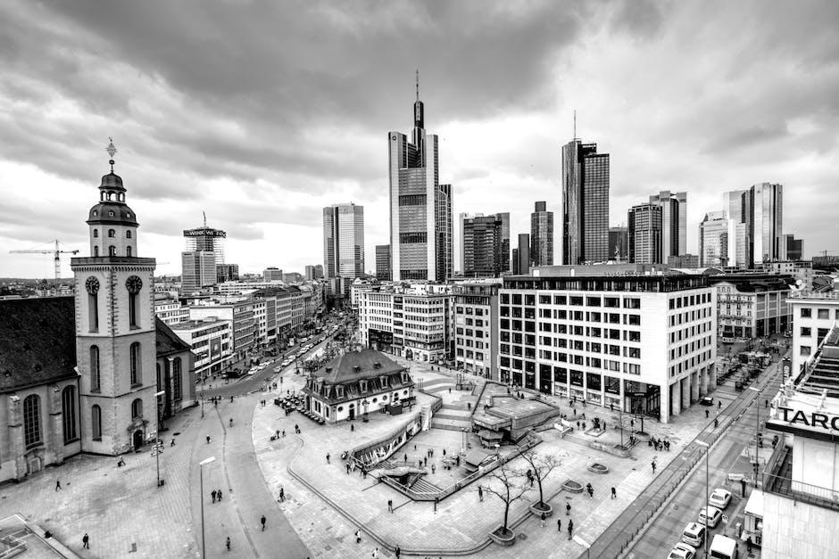 New free stock photo of black-and-white, city, landmark