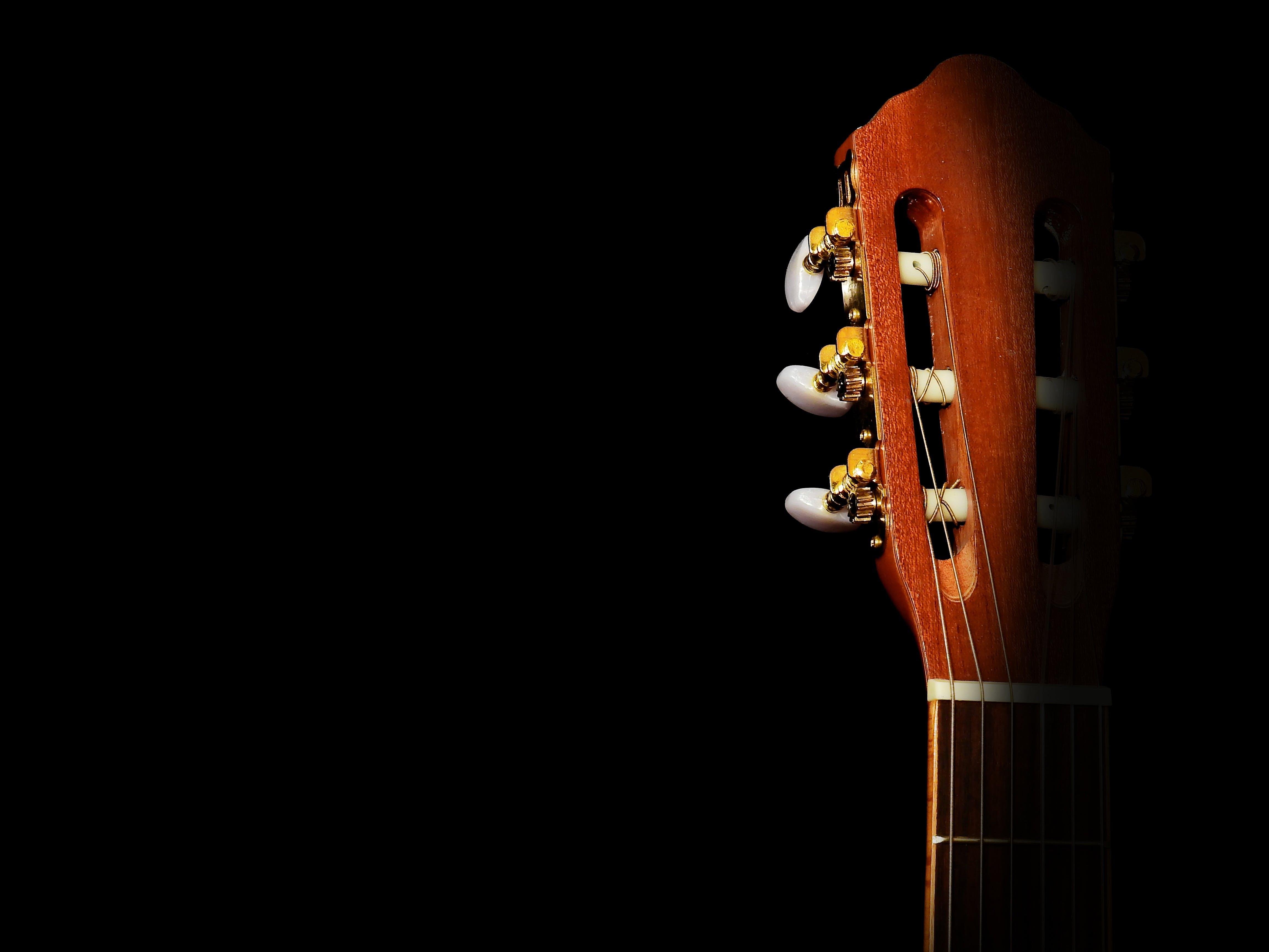 Brown Classical Guitar Headstock