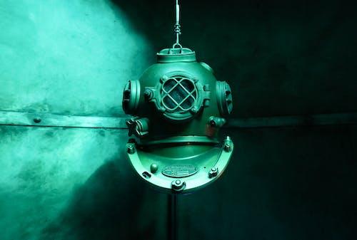 Foto profissional grátis de água, aqua, capacete, capacete de mergulho