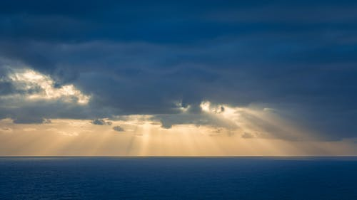 Free stock photo of atlantic ocean, clouds, sea, sunrays