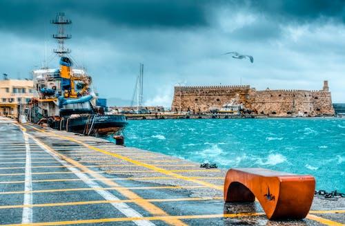 Δωρεάν στοκ φωτογραφιών με βάρκα, κακές καιρικές συνθήκες, κακός καιρός, κίνηση