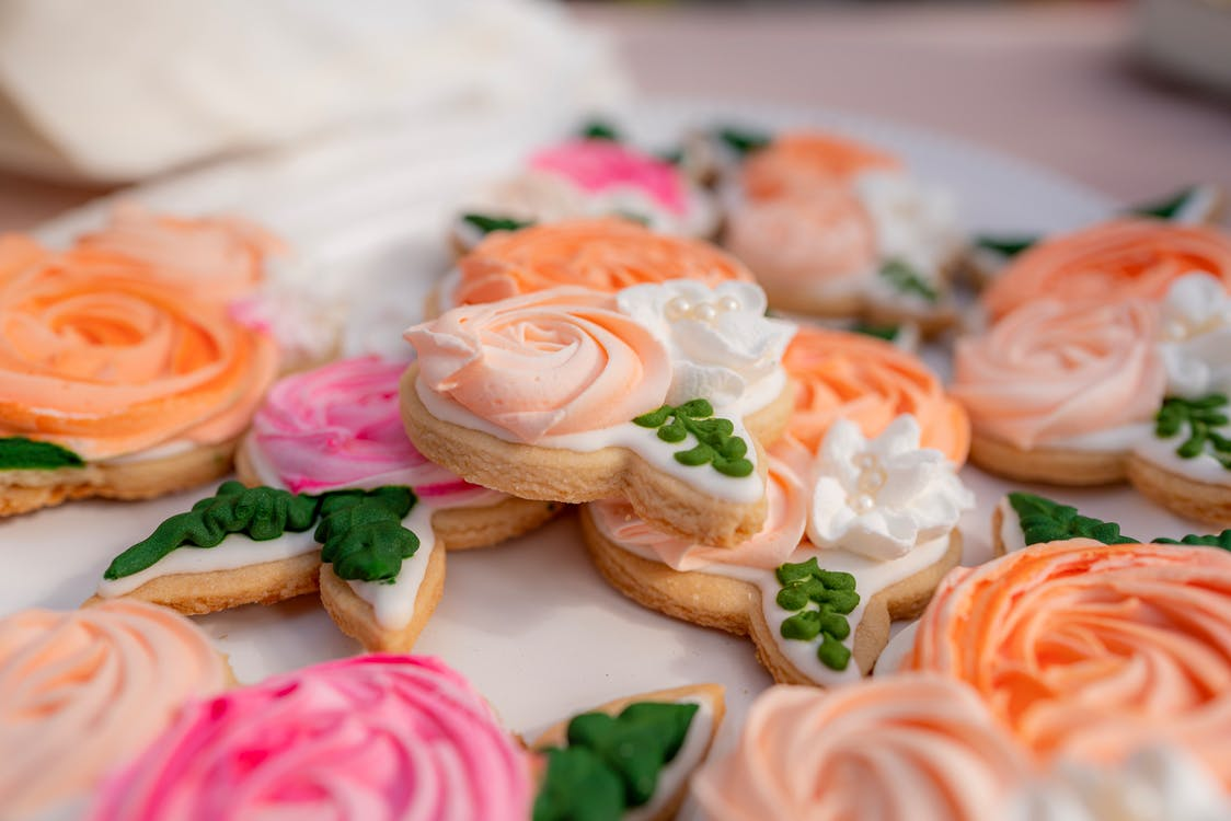 Pink and White Flower Biscuits