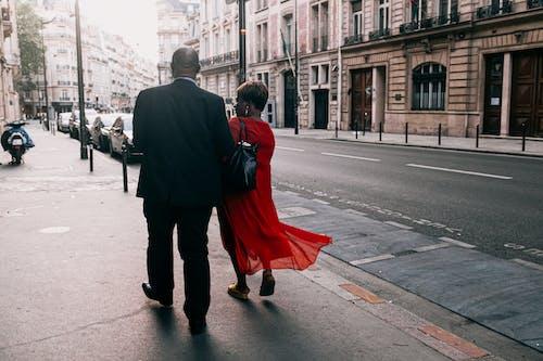 Fotobanka sbezplatnými fotkami na tému architektúra, budovy, černosi, cesta