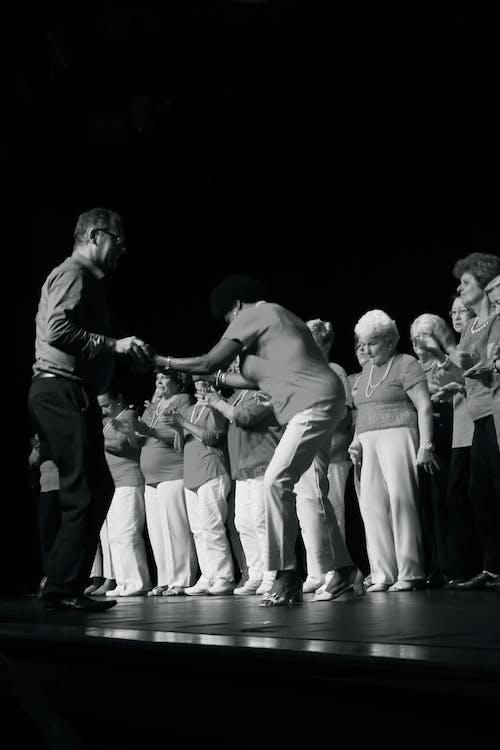 Immagine gratuita di danza artistica, palcoscenico