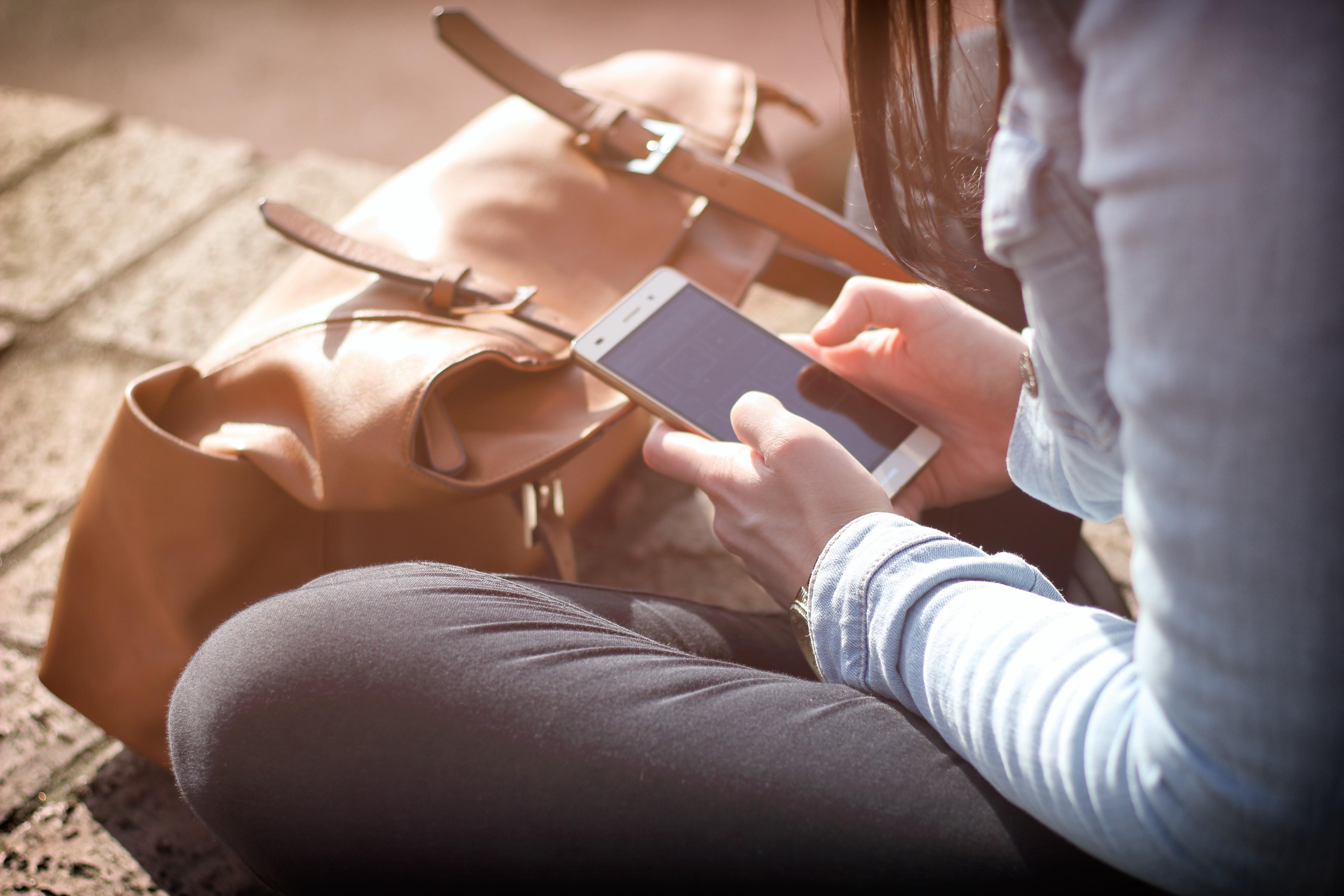 adattare il sito web al mobile approfondimento arianna patelli copywriter